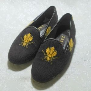 Zalo Needlepoint Bee Design Flats Loafers